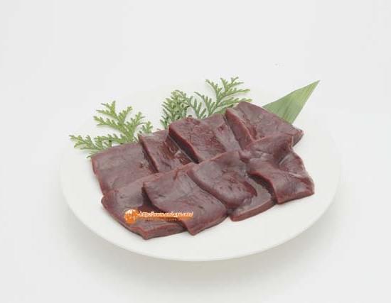 近江牛の新鮮レバーをステーキ風に