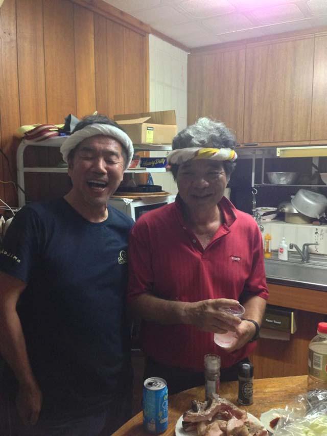 紅豚の生産者、喜納さんと。なんか似てるとみんなに言われましたが光栄です