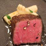 肉を知るには肉屋へ通い肉屋で学ぶ